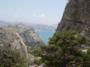 Вид на крепость и Алчак из Нового Света