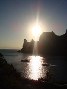 Новый Свет закат над горой Караул-Оба